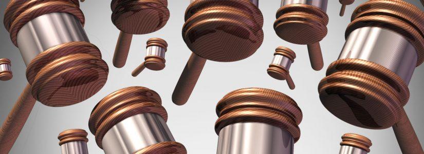 """עו""""ד טל רכניץ מסביר על תביעה ייצוגית"""